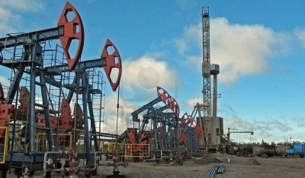 2806687-perforazione-in-west-siberia-petrolio