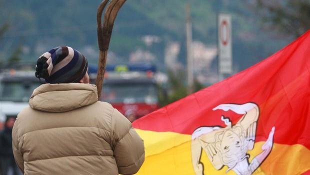 I Forconi tornano a protestare: dal 9 al 13 blocco nazionale. Intervista a Mariano Ferro