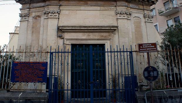 Facciata-chiesa-di-San-Gaetano-alle-Grotte-Fotografia-di-Giuseppe-Di-Vita